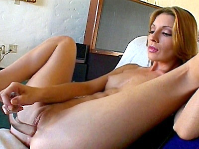 Alex Devine video: Devine - Dildo Drilling Barefeet Babe