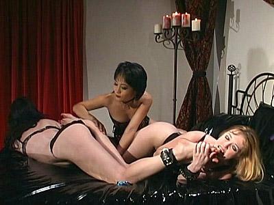 Hot Foot Slaves